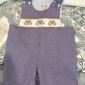 Other - LSU smock